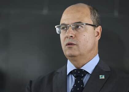 Governador Wilson Witzel é afastado do cargo por determinação do STJ