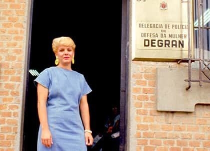 """""""Foi uma conquista"""", diz delegada responsável pela primeira delegacia da mulher criada no país"""