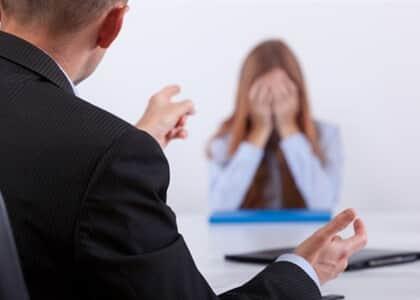 Empresa indenizará trabalhadora por assédio moral e depressão sofrida com tratamento hostil