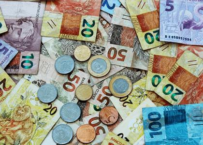 Ex-funcionário de banco deve pagar sucumbência de R$ 100 mil